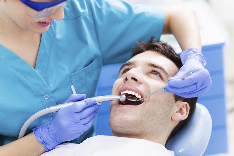 ایمپلنت دندان ارزان