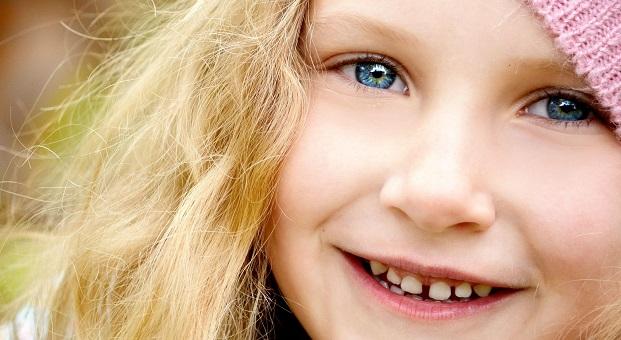 ایمپلنت دندان و فاصله دندان | دیاستما